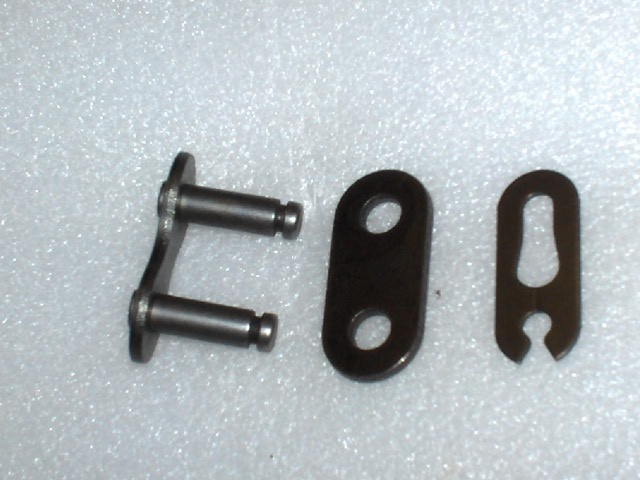 """KMC 415H 1//2/"""" X 3//16/""""  BLACK BICYCLE CHAIN 3-PIECE MASTER LINK"""
